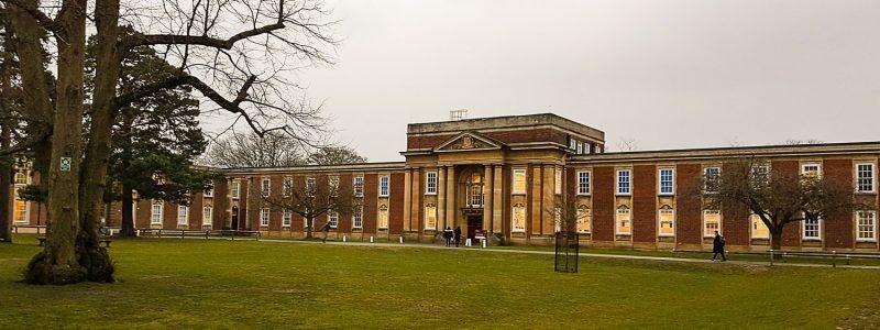 angielskie-liceum-budynek