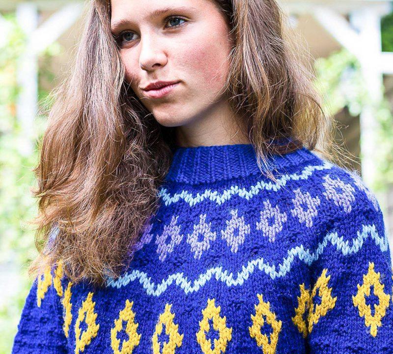 sweter-z-karczkiem-3