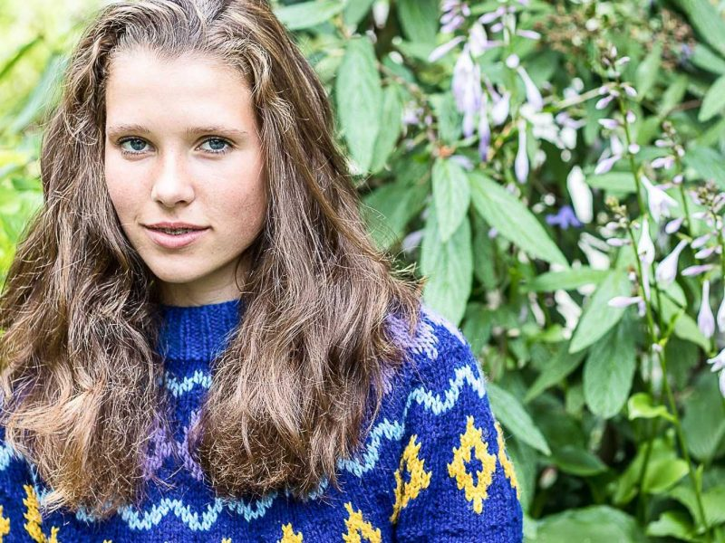 sweter-z-karczkiem-blog