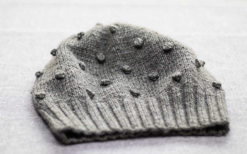 szara-czapka-4
