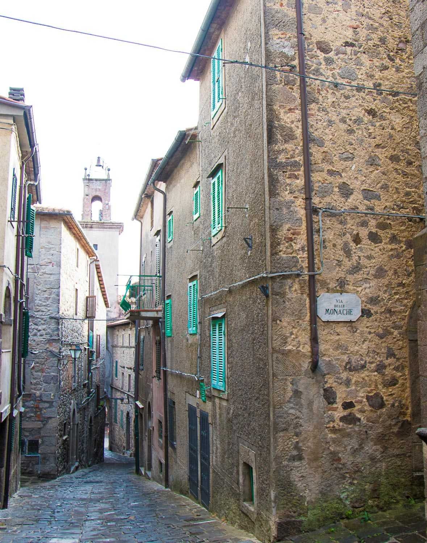Castel-del-Piano-2